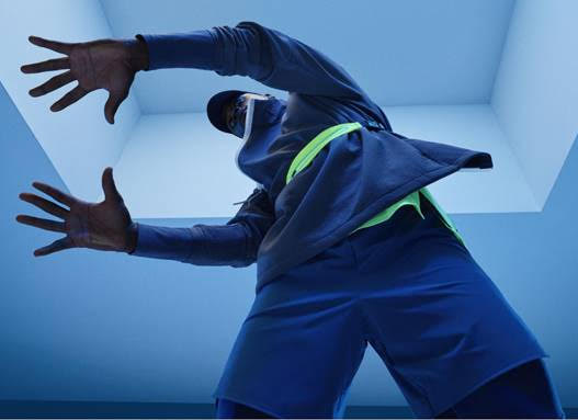 A pie ¿Cómo borde  Here's What's Different About Nike Tech Pack – PREVIDAR